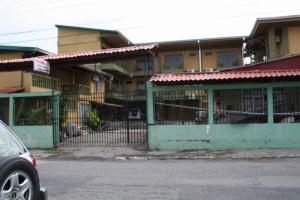 c13-HotelArenalCarmela.JPG (77785 bytes)
